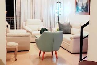 Apartamento en Conquistadores, Laureles - 104mt, tres alcobas, balcón