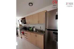 Apartamento en Porvenir, Itagui - 68mt, tres alcobas, balcón