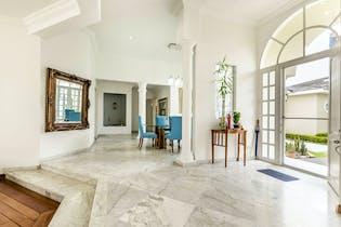 Casa con Patio en San Jose de Babaria de 370m2