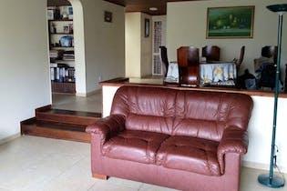 Casa en niza norte, Bogotá. con 4 habitaciones- 209 mt2