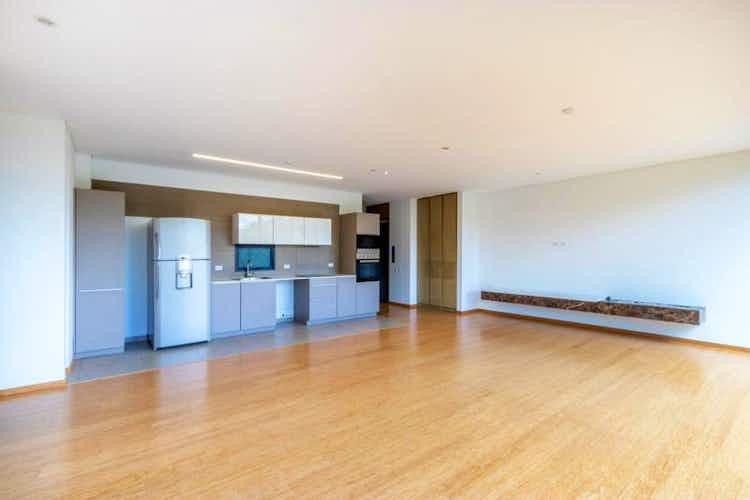 Portada Apartamento En Bogota Antiguo Country, El Virrey, con 2 habitaciones- 145m2.