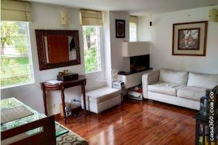 Casa en Caobos Salazar, Cedritos - Tres alcobas