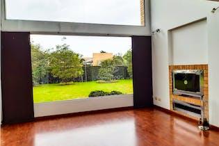 Casa en venta en Bojacá-Cajica de 1006 mt2, con 2 niveles.