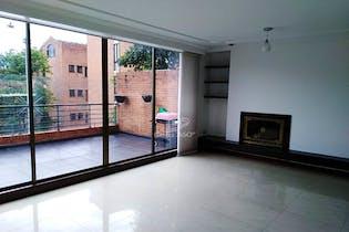 Casa en venta en Lagartos, 136mt de tres niveles.