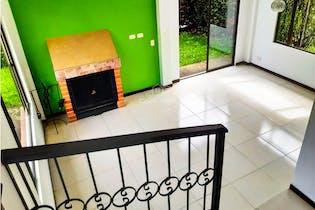 Casa en venta en Chuntame-Cajica de 177 mt2. con chimenea