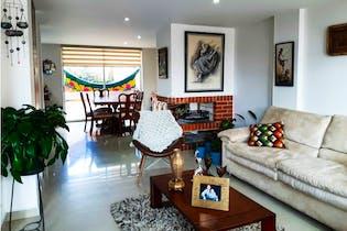Casa en venta en Casco Urbano Chía, 196m² con Solarium...