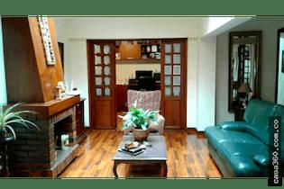Casa en venta en Batán de 3 hab. con Jardín...