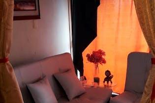 Casa en Aranjuez en 3 piso, con 5 habitaciones - 82 mt2.