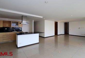 Apartamento en Patio Bonito, Poblado - 114mt, dos alcobas, balcón