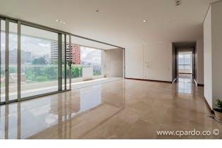 Apartamento 168 mts2,Ubicado en el Poblado-el tesoro,3 Habitaciones.