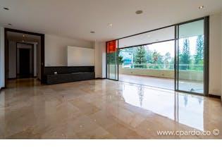 Apartamento Área: 236 m2 + 90 m2 de Terraza.-Ubicado en el Poblado-Los Balsos,3 Habitaciones.