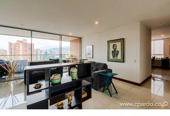 Apartamento 139 mts2-Ubicado en el Poblado-Santa Maria de los Ángeles, 3 Habitaciones.