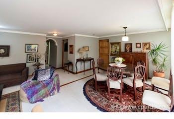 Apartamento Área: 102.5 m2 + 36.8 m2 de Terraza.-Ubicado en el Poblado - Alejandria, 3 Habitaciones.