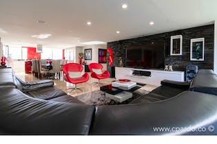 Apartamento Duplex 556 mts2-Ubicado en el Poblado,la calera,4 Habitaciones,terraza