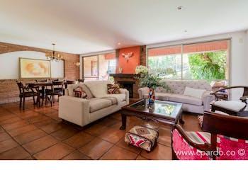 Casa Loma Del Chocho, Envigado, con 3 habitaciones- 207m2