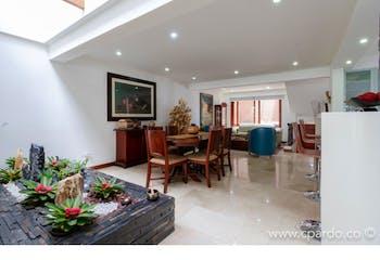 Casa En La Tomadera, Medellín, con 3 habitaciones- 263m2.