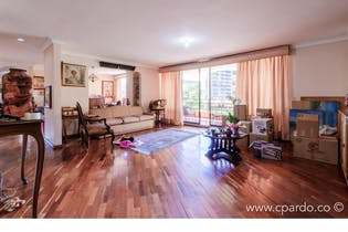 Apartamento en venta en Las Lomas, 178m² con Piscina...