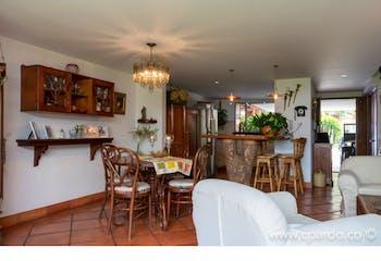 Casa en Envigado-Loma del Chocho, con 3 Habitaciones - 215 mt2.