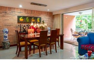 Casa en Envigado-Loma del Atravezado, con 3 Habitaciones - 282 mt2.