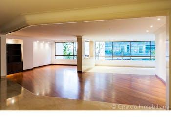 Apartamento en El Poblado-Alejandría, con 4 Habitaciones - 500 mt2.