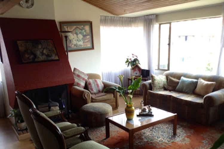 Portada Apartamento en La Calleja, La Carolina - 150mt, tres alcobas, chimenea
