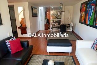 Casa en Cajica, Cundinamarca - 167mt, cuatro alcobas, chimenea