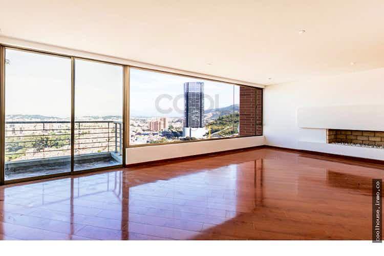 Portada Apartamento en Bosque de Pinos, Usaquen - 219mt, cuatro alcobas, balcón