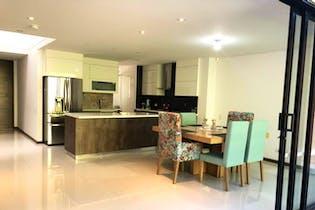 Casa en en venta en Loma del Atravezado de 206mts2, dos niveles