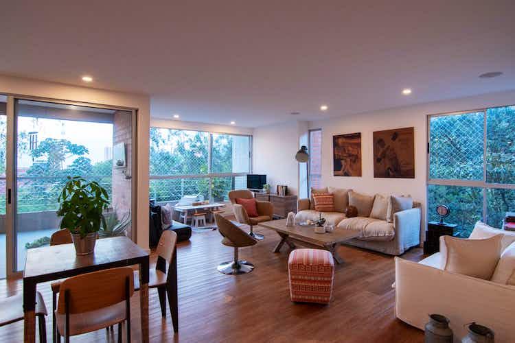 Portada Apartamento en El Tesoro, Poblado - 167mt, tres alcobas, dos balcones