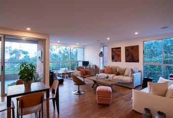 Apartamento en El Tesoro, Poblado - 167mt, tres alcobas, dos balcones