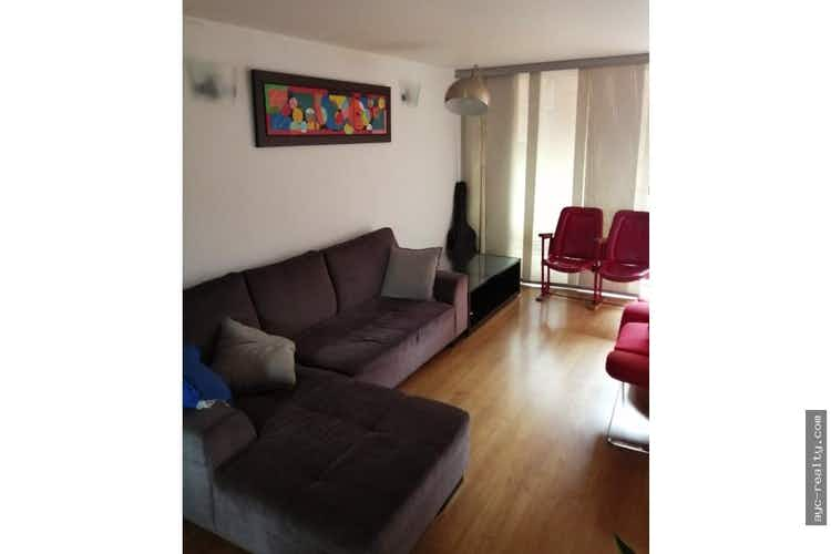 Portada Apartamento en Carlos E Restrepo, Estadio - Cuatro alcobas