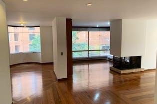 Apartamento en El Refugio, Chico - 155mt, tres alcobas, chimenea