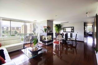 Apartamento en Santa Helena, Colina Campestre - 161mt, tres alcobas, balcón
