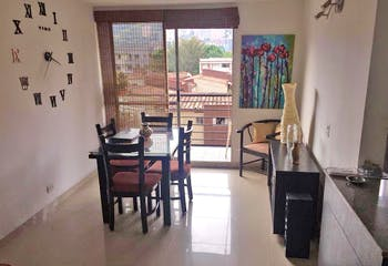 Apartamento en Cuarta Brigada, Estadio - 67mt, tres alcobas, balcón