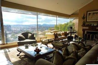 Apartamento en Usaquen, Usaquen - 420mt, cuatro alcobas, tres niveles