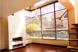 Casa en venta en Chía, 381m² con Jardín...