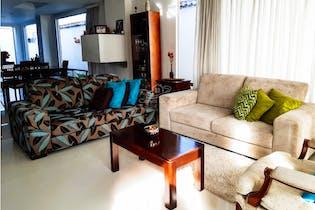 Casa en Cajica, Cundinamarca - 230mt, tres alcobas, balcón
