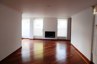 Apartamento en Bosque de Pinos, Usaquen - 205mt, tres alcobas, chimenea