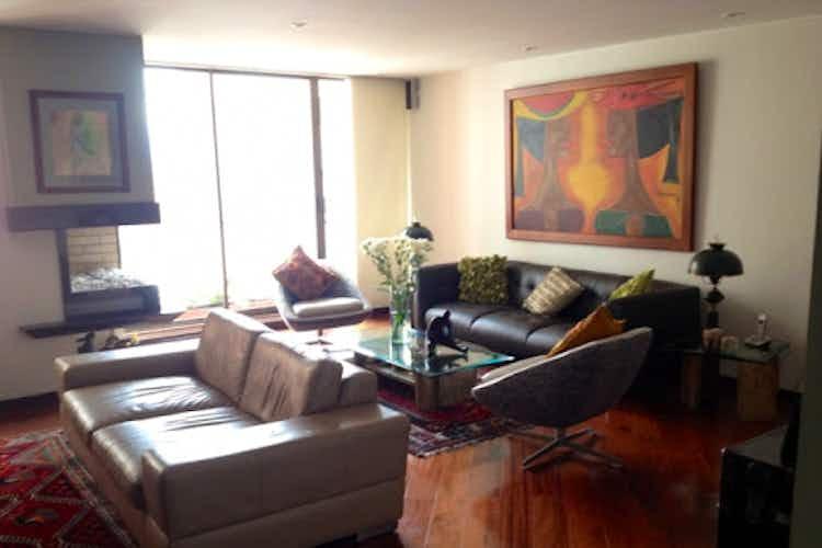 Portada Apartamento en La Carolina-La Calleja, con 3 Habitaciones -166 mt2.