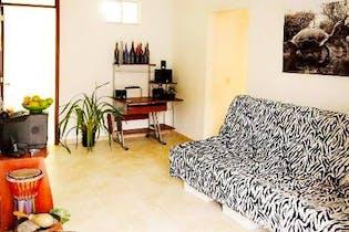 Casa en Teusaquillo-Palermo, con 3 Apartamentos - 220 mt2.