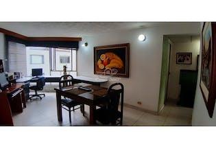 Apartamento en venta en Prado Veraniego de 4 hab. con Bbq...