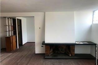 Casa en san luis, Bogotá, con 6 habitaciones-254mt2