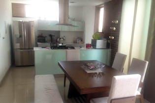 Apartamento en La Aguacatala, Poblado - 108mt, dos alcobas, balcón