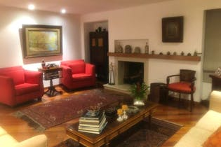 Apartamento en El Nogal, Chico - 235mt, tres alcobas, chimenea