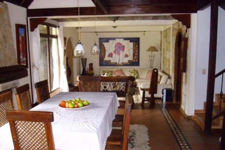 Portada Casa en La Calera, Cundinamraca - 1000mt, tres alcobas, jacuzzi