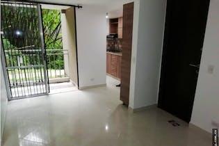 Apartamento en La Mina, Envigado - 55mt, tres alcobas, balcón