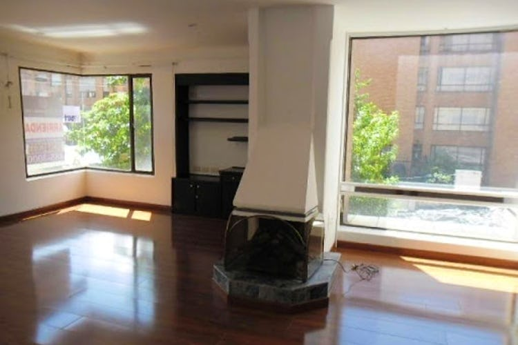 Portada Apartamento en LA CAROLINA, LA CAROLINA, 3 HABITACIONES- 175M2.