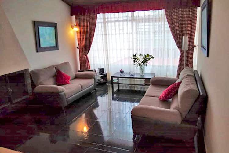 Portada Casa en Santa Cecilia, Modelia, Bogotá, 4 habitaciones- 245m2.