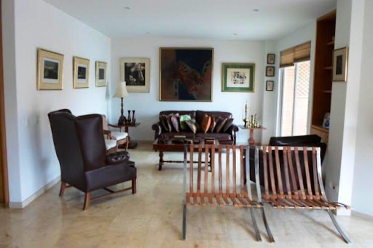 Portada Apartamento Duplex en Santa Barbara Occidental, Bogotá con 2 terrazas. 208m2.