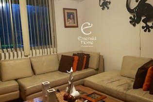 Casa en venta en Lomas de Bellavista, 240mt